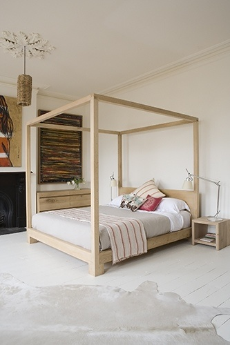 A very simple, elegant Four Poster Bed - for similar handmade Four Poster Beds - visit the Get Laid Beds Store @ www.getlaidbeds.co.uk