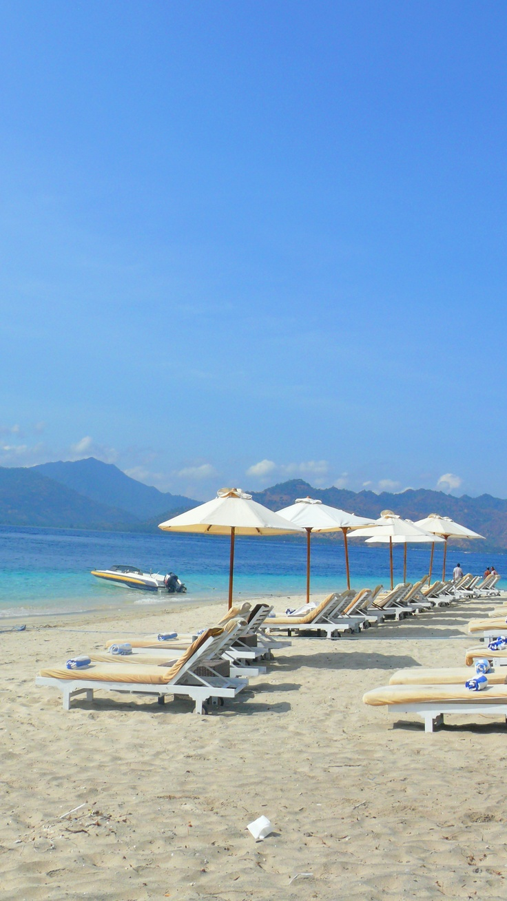 Gili Air, Lombok - Indonesia...my brother is here while I pin away