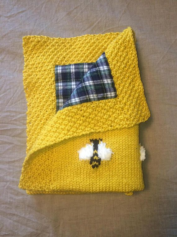 This adorable bee blanket has little bees with fuzzy wings! Great for a tactile experience for baby. Reverse side (optional) is a light flannel cotton (pre-washed, pre-shrunk) that makes this blanket super cozy and warm. Always a cute prop for baby photo shoots!  Any size makes a great baby gift or a great sibling gift when a new baby joins the family!  1. Choose a style and preferred color ( approx. size).  - Crib Blanket: 34 x 38 inches {86 x 96 cm}  - Stroller/Car Seat Blanket: 22 x 2...