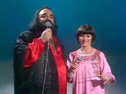 ▶ Mireille Mathieu, Demis Roussos - Cucurrucucú Paloma (1980) - YouTube
