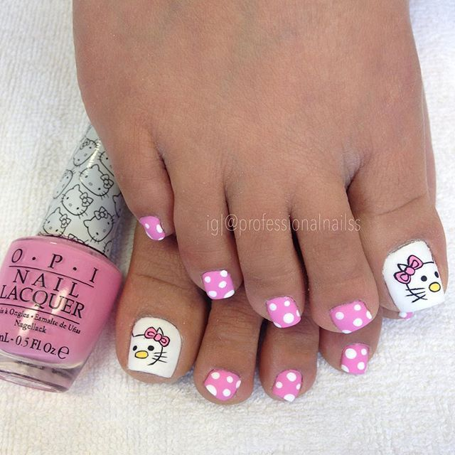 """It's @opi_products #LookAtMyBow! #HelloKitty """" Photo taken by @professionalnailss on Instagram, pinned via the InstaPin iOS App! http://www.instapinapp.com (01/09/2016)"""