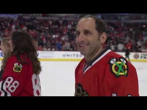 """Chicago native and actor Peter Jacobson (""""Colony,"""" """"House"""") lived out a dream on the United Center ice."""