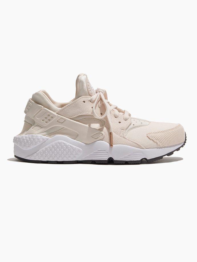 c7df20a7f09 NIKE Women s Nike Air Huarache Run Se Shoe Guava ice Guava ice-black-white  SNEAKERS
