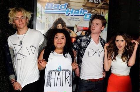 They all have bad hair and I love this movie #badhairday#disneychannel#lauramarano