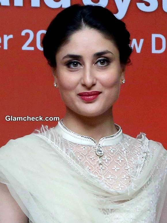 Kareena Kapoor 2014 Makeup and Hairstyle