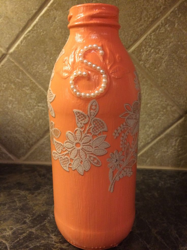 corral, lace, and pearls snapple bottle. #christmasgiftsbylauren