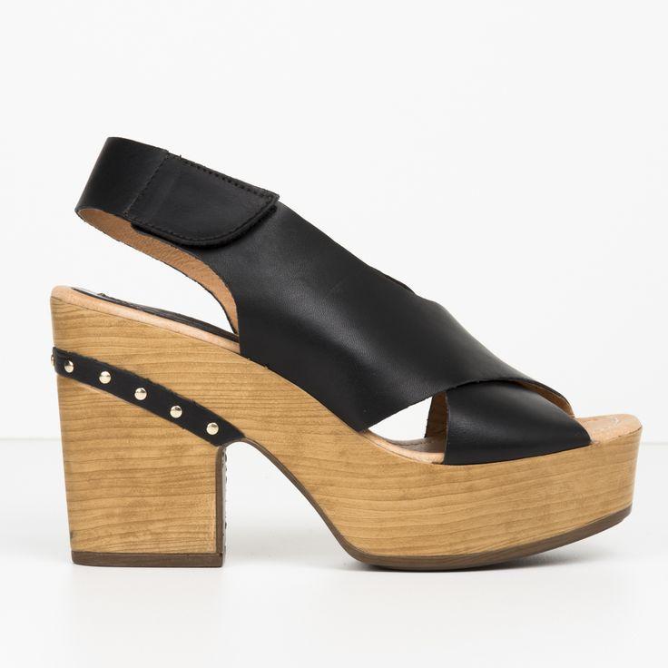 #zapatos #zueco #plataforma de la nueva colección #SS de #weekend by