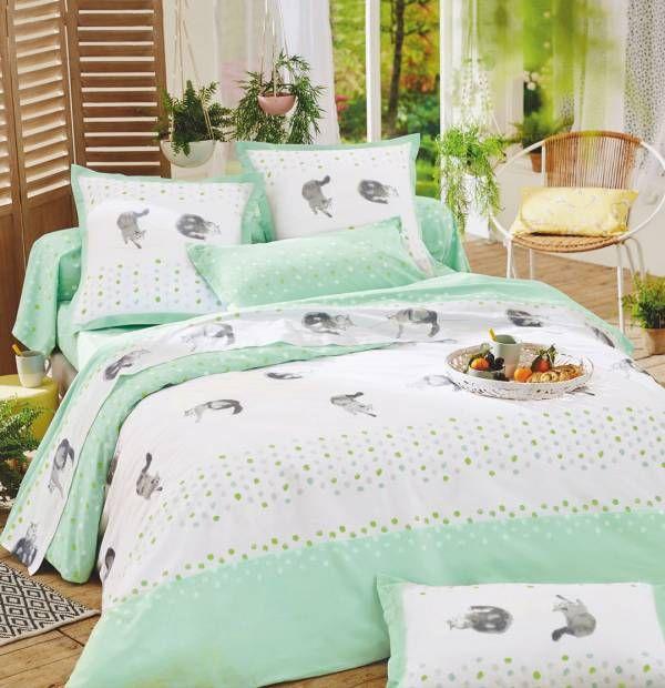 13 best chambre avec nos compagnons pr f r s images on pinterest bedding comforter and duvet. Black Bedroom Furniture Sets. Home Design Ideas