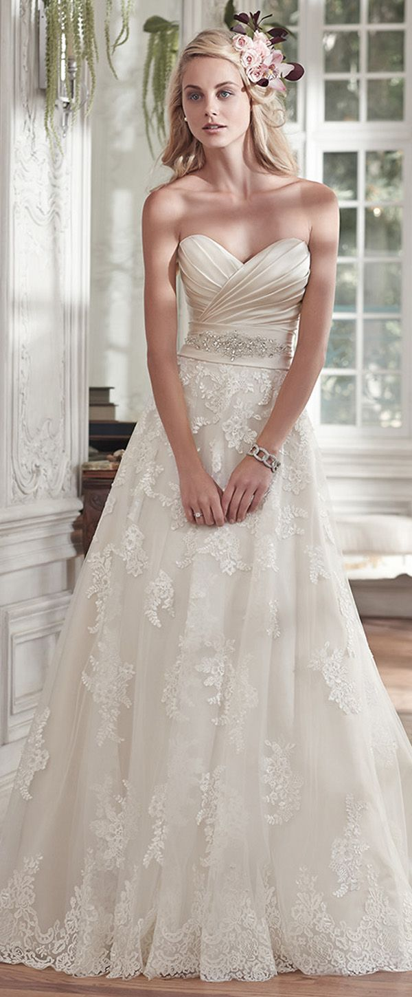 Elegant Satin & Tulle Sweetheart Neckline A-line Wedding Dresses With Beaded Lace Appliques