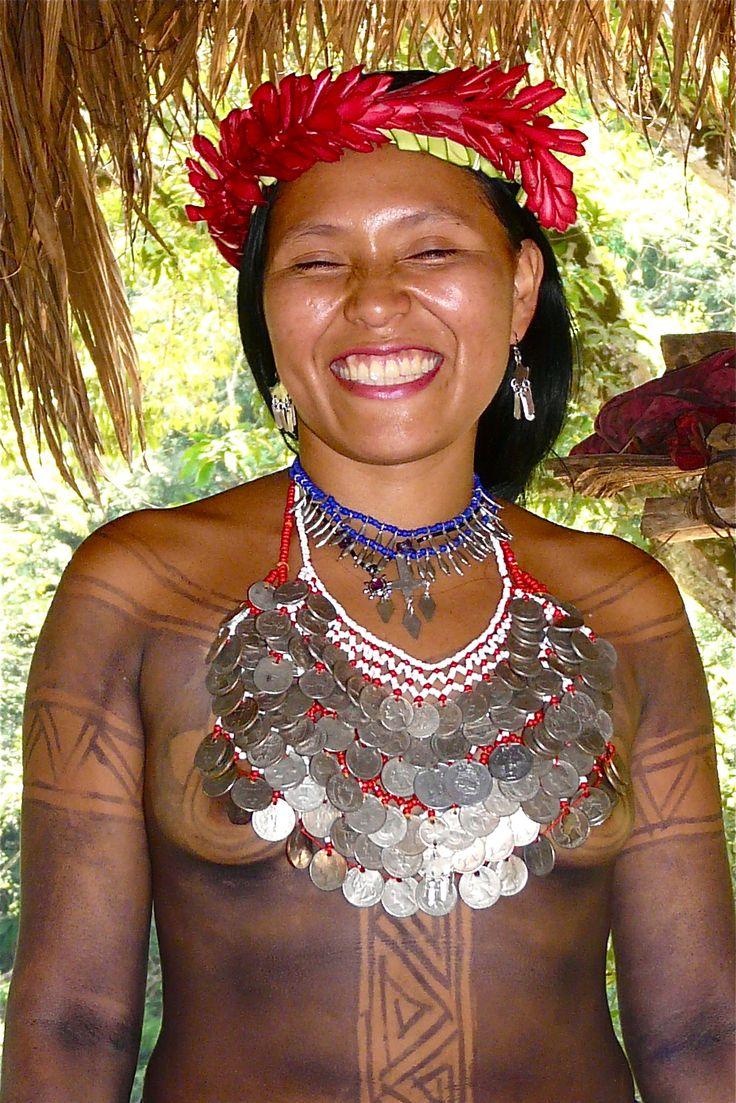 linda Indígena Embera de Colombia