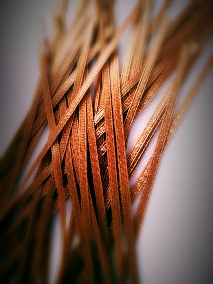 Mikadó nálunk... #mikado #ribbon #gold #szalag #bronz #love2smile