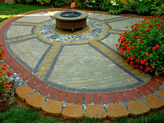 garden decor design ideas with stones - Concrete Tile Garden Decor
