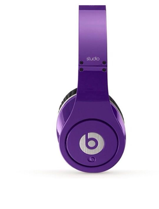 Dr Dre Beats headphone.. Considering buying after sampling a pair. The audio is great & would be convenient to use when cleaning or on long walks.