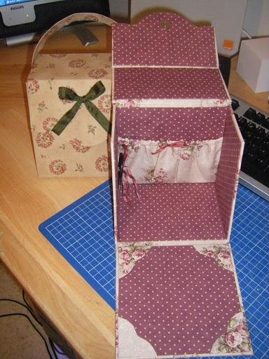 426 best avec du carton images on pinterest for Kit boite a couture