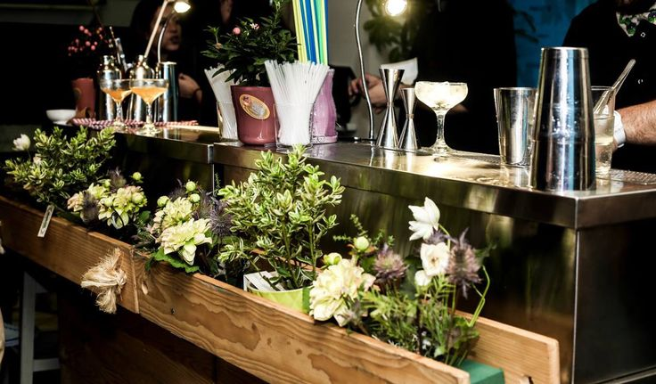 Cocktails & Bar Catering!