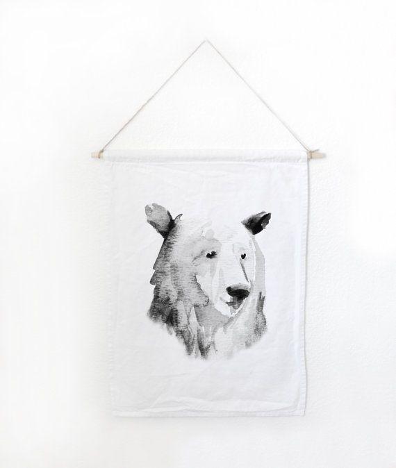 Supporter la tapisserie | Bannière aquarelle noir et blanc | Bannière de pépinière Boys Room Decor bois forêt | Ours en coton bannière imprimer