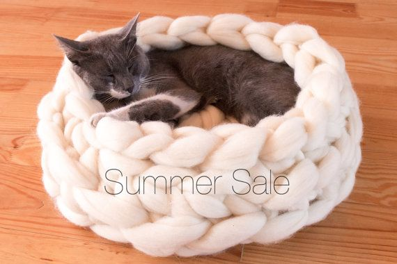 SALE Cat House, Chunky Cat Bed, Chunky knitting, Cat furniture, Cat Cave, Dog bed, Dog House