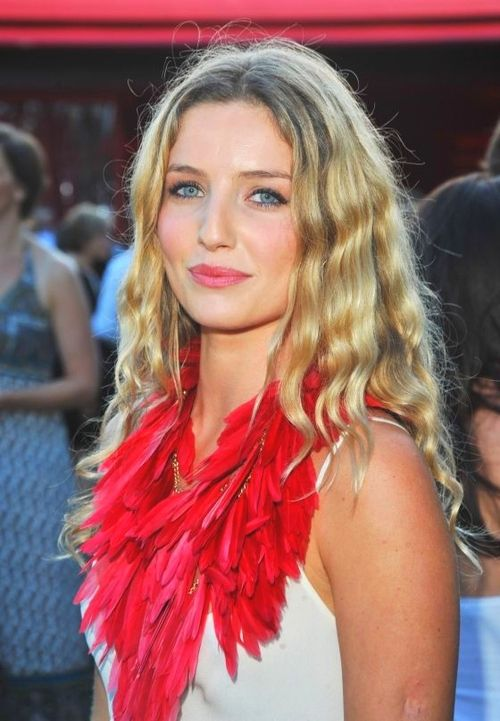 Annabelle Wallis Hair And Makeup Pinterest Wallis