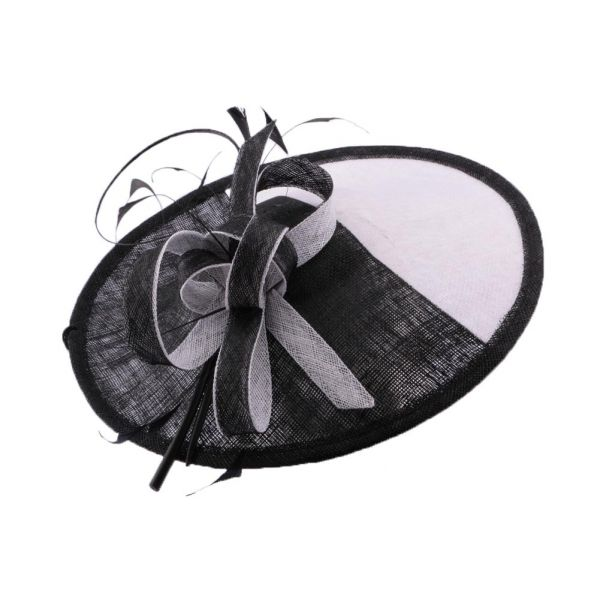 Chapeau Cérémonie Agis en sisal noir et blanc #chapeaumariage #mariage #mode #fashion sur votre boutique Mariage Hatshowroom.com
