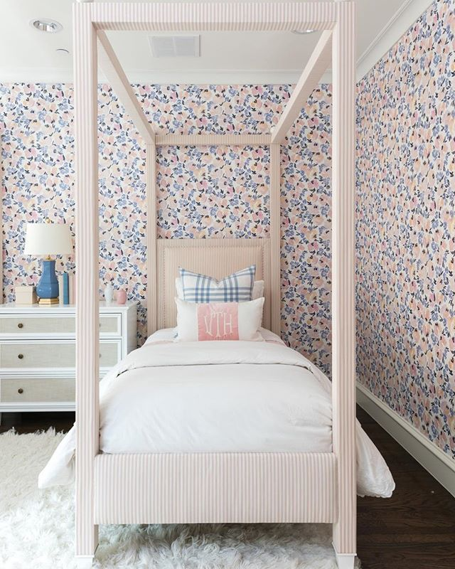 A Room For A Princess Filled With Peony Garden Wallpaper From Top
