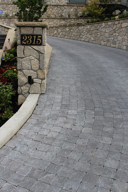 Broadstreet Acid Washed - Brushed & Tumbled Cobble & Fond du Lac Byron River Rock NTV