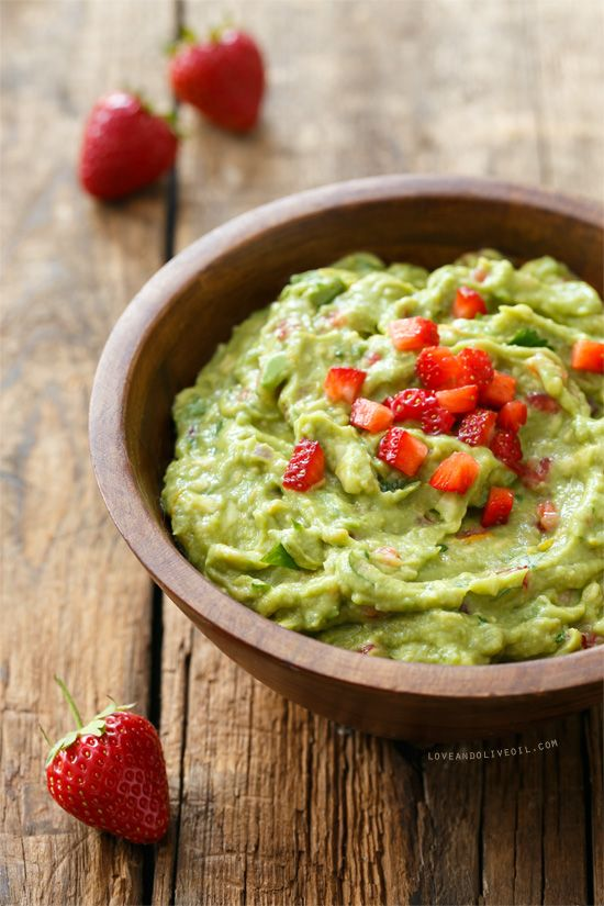 Fresh Strawberry & Lime Guacamole from @LoveAndOliveOil | Lindsay Landis
