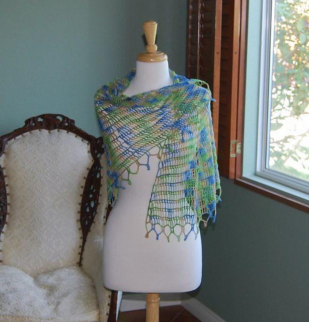 Lovely shawl -- Tunisian #crochet with sock yarn