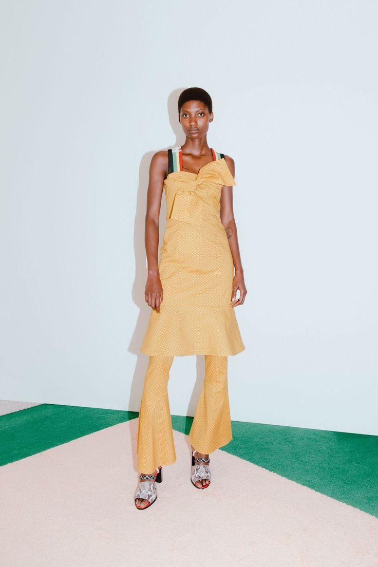 Edun Resort 2018 Collection Photos - Vogue skirts womens, skirts womens clothing for sale	, women's skirts and dresses, women's skirts australia, women's skirts below knee. #ad