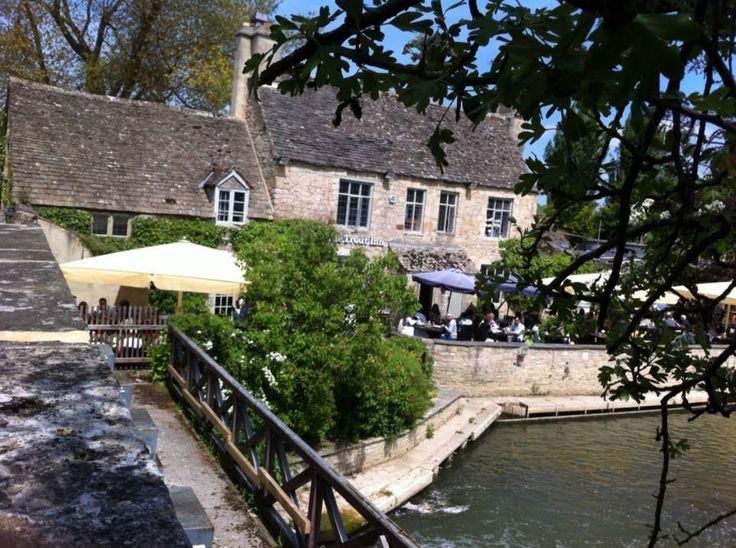 The Trout Inn Oxford UK - famous for Inspector Morse shots