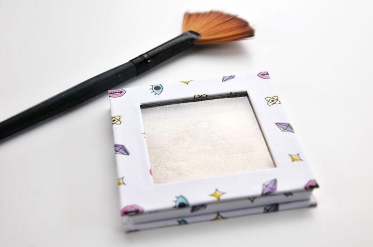 Review: A2O Lab Spectrum Highlighter- Rainbow Pearl is the latest blog post on Ailsa Jane! #makeupaddict #bblogger #blog #beauty #makeup #skincare #routine #review #beautyblogger #glam #instablog #beautytips #cosmetics #beautyaddict #bloglovin #shopmissa #highlighter