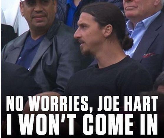 Humour : Joe Hart ne craint rien, Zlatan est en tribunes... - http://www.actusports.fr/107079/humour-joe-hart-craint-rien-zlatan-en-tribunes/