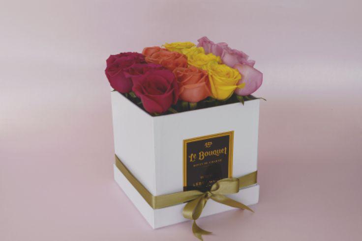 Presentación por 16 rosas tradicionales  Le Bouquet