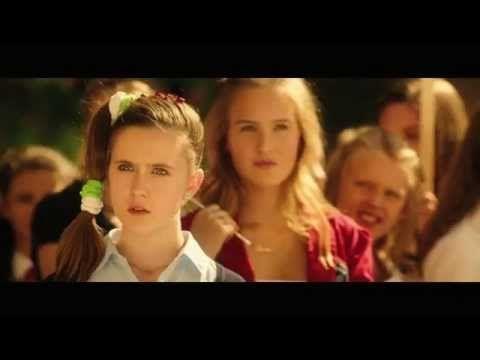 De Dolle Tweeling 3 - Officiële Trailer (NL gesproken)   Nu in de bioscoop! - YouTube