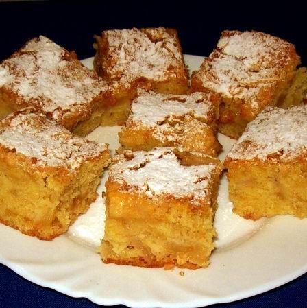 Egy finom Almás bögrés kevert sütemény ebédre vagy vacsorára? Almás bögrés kevert sütemény Receptek a Mindmegette.hu Recept gyűjteményében!