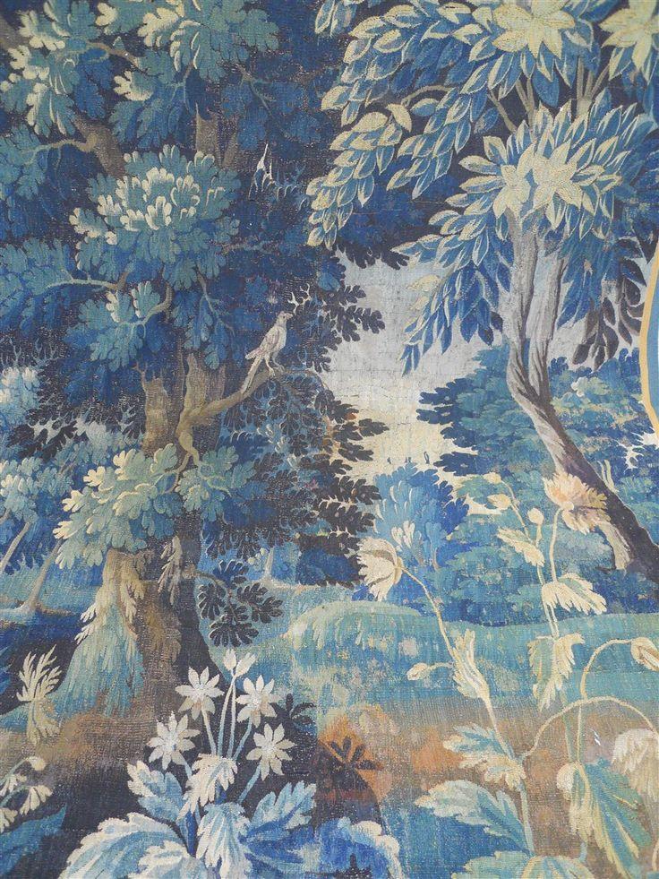 Tapisserie d'Aubusson Verdure Au Décor De Fleurs Et d'Oiseau, Rose Couleur, Proantic