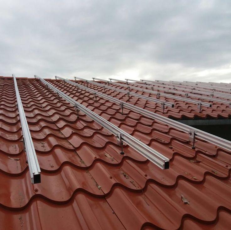 Uruguay  On-grid Solar Innova PV panels  mounting racks #solarinnova #energia #energiasolar #energiarenovable #fotovoltaica #electricidad #green #solar #energy #renewable #renewableenergy #gogreen #gosolar #photovoltaic #photovoltaics #pvpanel #pvpanels #polycrystalline #solarpanels #solarmodule #solarmodules #solarenergy #solarpower #solarpv #sustainability #electricity #electrical #photovoltaïque #aurinkoenergia #aurinkopaneelit