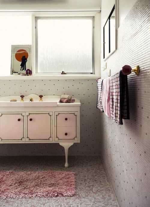Pink retro bathroom  sink cabinet Eccentric  Bathrooms