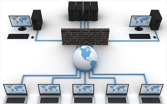 Υπολογιστές που αλληλοεκπαιδεύονται -   Η εκπαίδευση των υπολογιστών στα ηλεκτρονικά παιχνίδια αποτελεί σημαντικό τμήμα της έρευνας στη ρομποτική.  Μία μέθοδο η οποία επιτρέπει σε έναν υπολογιστή να δίνει συμβουλές και να «εκπαιδεύει» έναν άλλο υπολογιστή, με τ