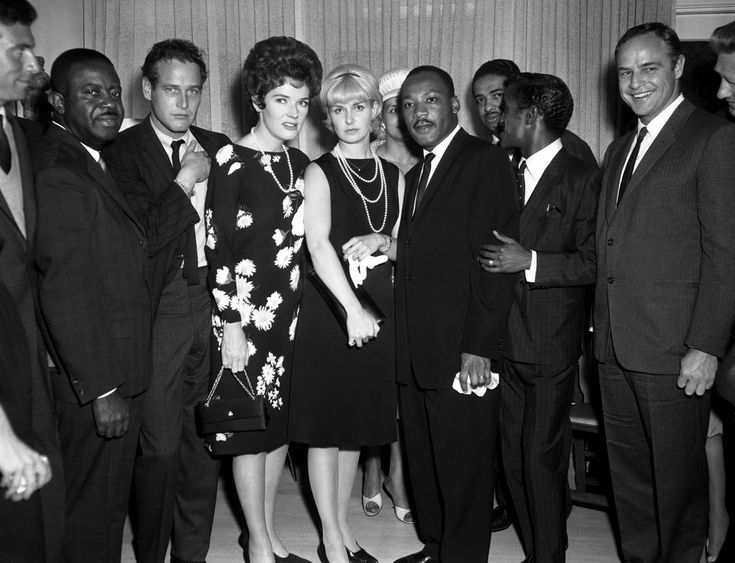 Martin Luther King Jr Marlon Brando Anthony Franciosa Ralph Abernathy Paul Newman Polly Bergen Joanne Woodward and Sammy Davis Jr. during his 1963 visit to Los Angeles for a civil rights rally. http://ift.tt/2zLmThF