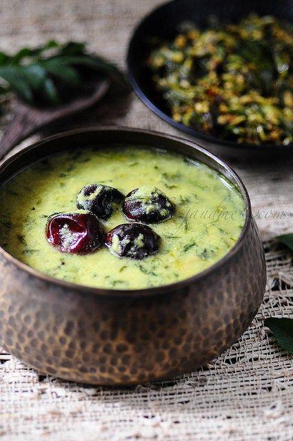 Methi (Fenugreek) Leaves Yogurt Curry   Vendhaya Keerai Mor Kozhambu  