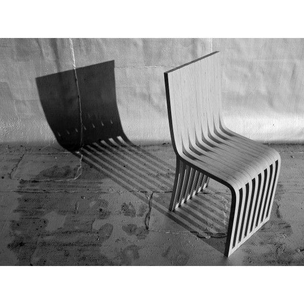 Graypants Slice Cafe stoel. Je blijft maar kijken naar het ontwerp van deze fanatische stoel! @graypants #stoelen #stoel #design #Flinders