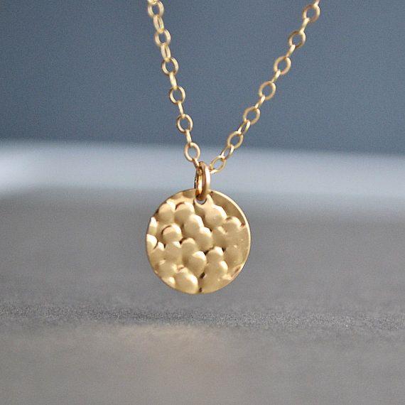 Gehamerd Disc ketting, 14k Gold Filled Necklace, Gold gehamerd Disc, eenvoudige dagelijkse sieraden, sierlijke halsketting