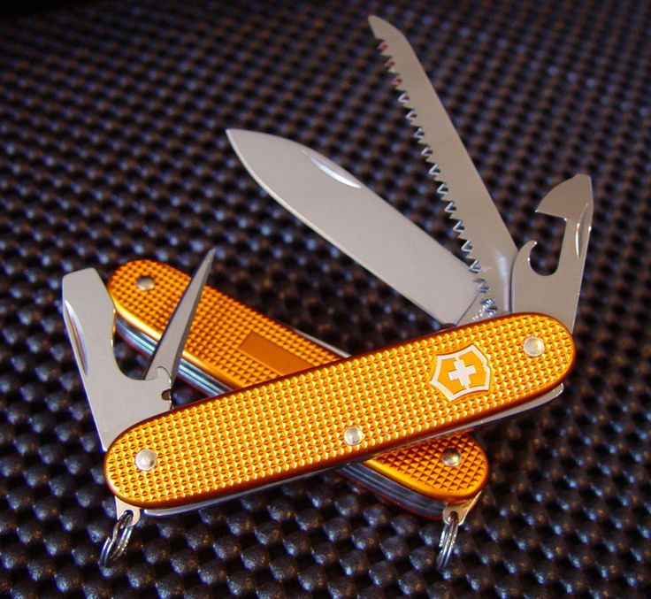 Victorinox 0.8241.281RUS2 Farmer - Orange ALOX 91mm - CUTLERY SHOPPE EXCLUSIVE - ON B/O DUE END JULY - WILL ANNOUNCE ON FACEBOOK WHEN THEY A...
