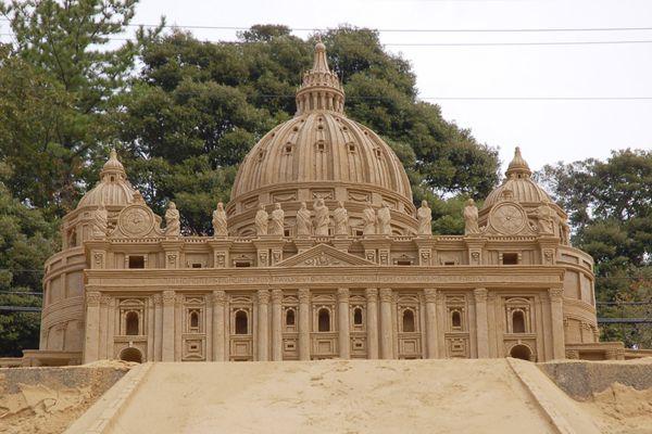 鳥取砂の美術館2006展示作品 2006 exhibited works Museum of Tottori sand|サンピエトロ大聖堂 St. Peter's Basilica |ローマのバチカン市国南東端にあるカトリック協会の総本山。