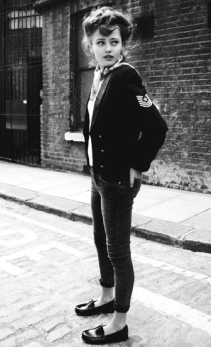 Teddy girl, in 1950s style tomboy clothes. Jeans and loafers. #teddygirl #tomboystyle