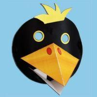 """Bricolage d'un masque de corbeau en 3 D pour la fable : """"Le corbeau et le renard"""""""