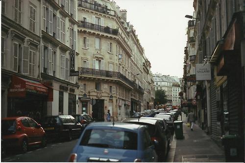 Streets of Paris. 35mm with Minolta x 570