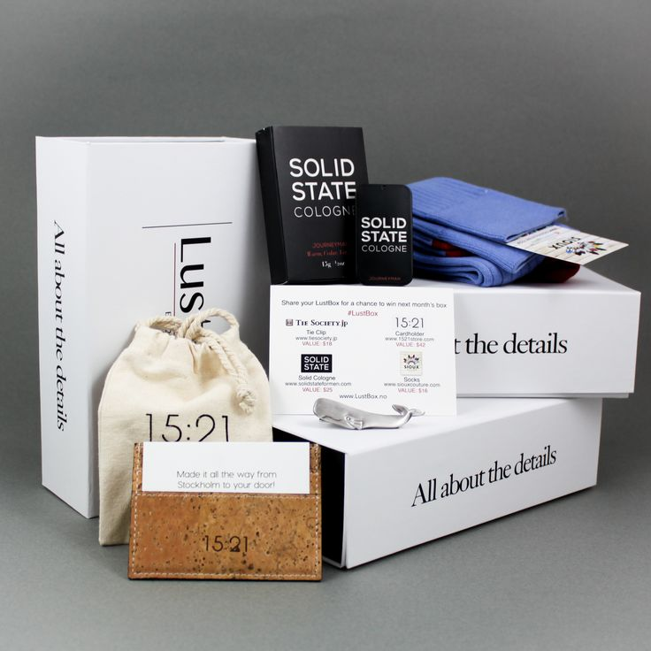 2015 New Years Box - Card holder by 1521, solid cologne by Solid State Cologne, Egyptian woolen socks by Sioux Couture and Whale tie bar by Tie Society Japan.