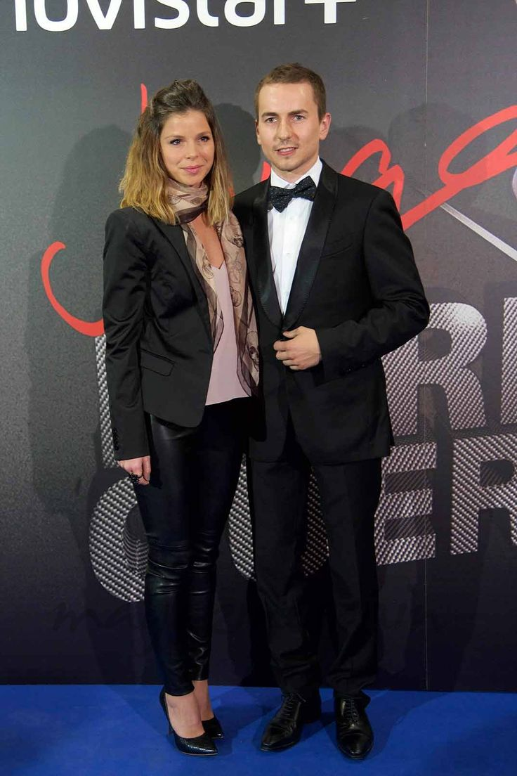 Jorge Lorenzo presenta oficialmente a su novia Nuria Tomás