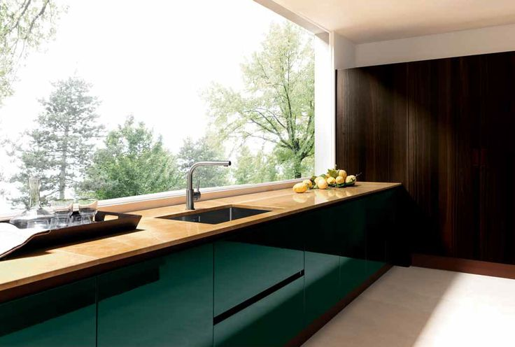 A splash of green for our #Love #Colour in the #Kitchen month. #Eurocasa